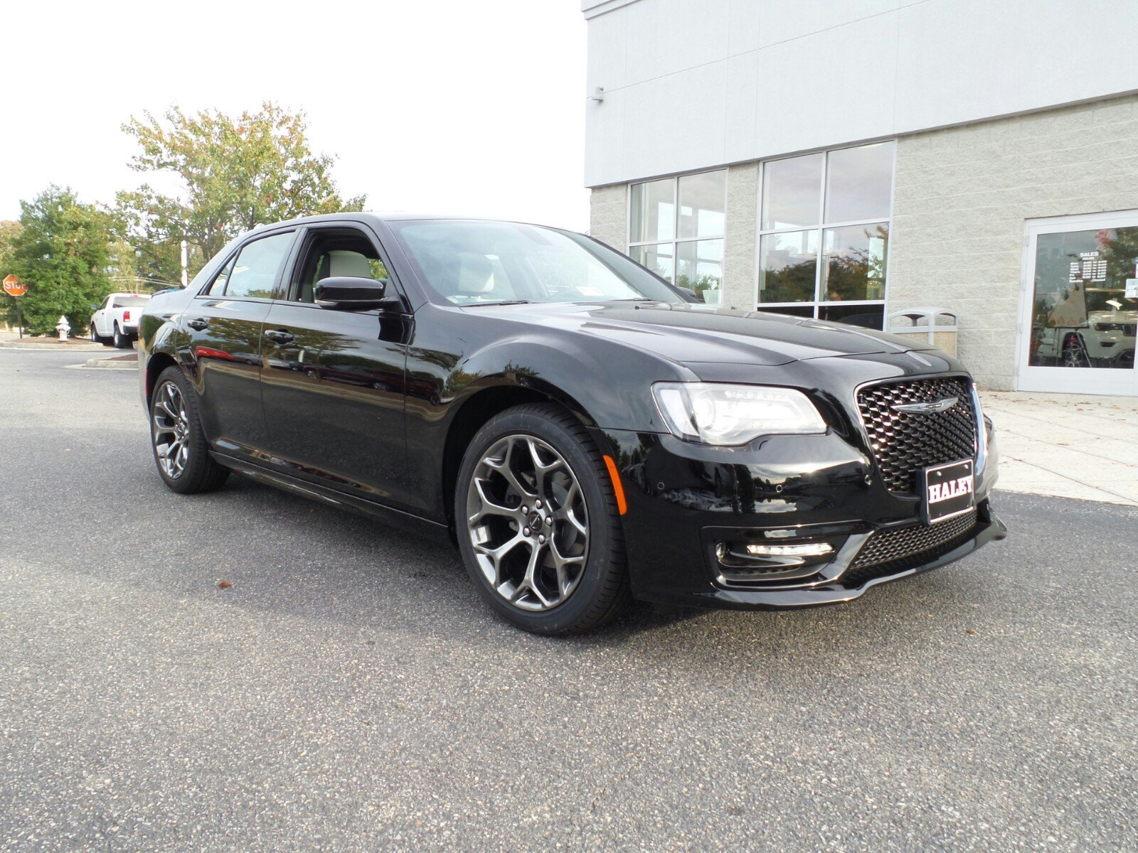 Chrysler 300 S >> New 2018 Chrysler 300 300s Sedan In Richmond H151505 Haley