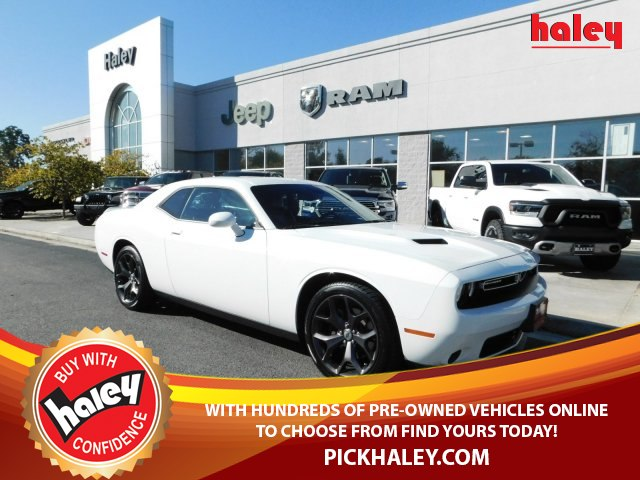 Pre Owned 2018 Dodge Challenger Sxt Coupe In Richmond Sj1333