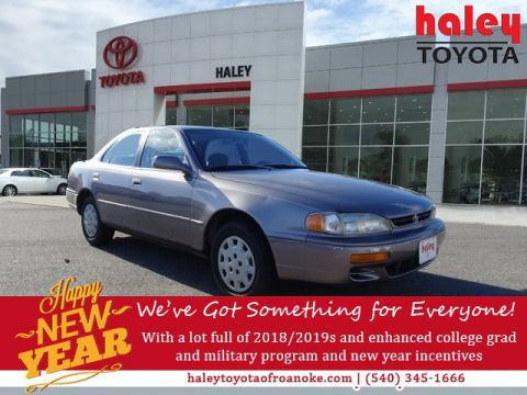 Pre-Owned 1995 Toyota Camry LE